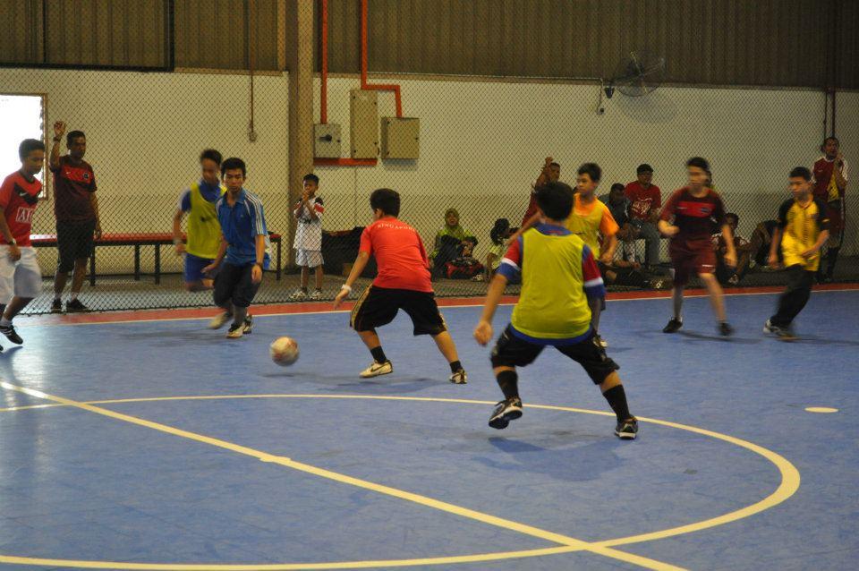382820 302151096464133 100000077340703 1336575 38316669 n - EOCM Futsal 2011