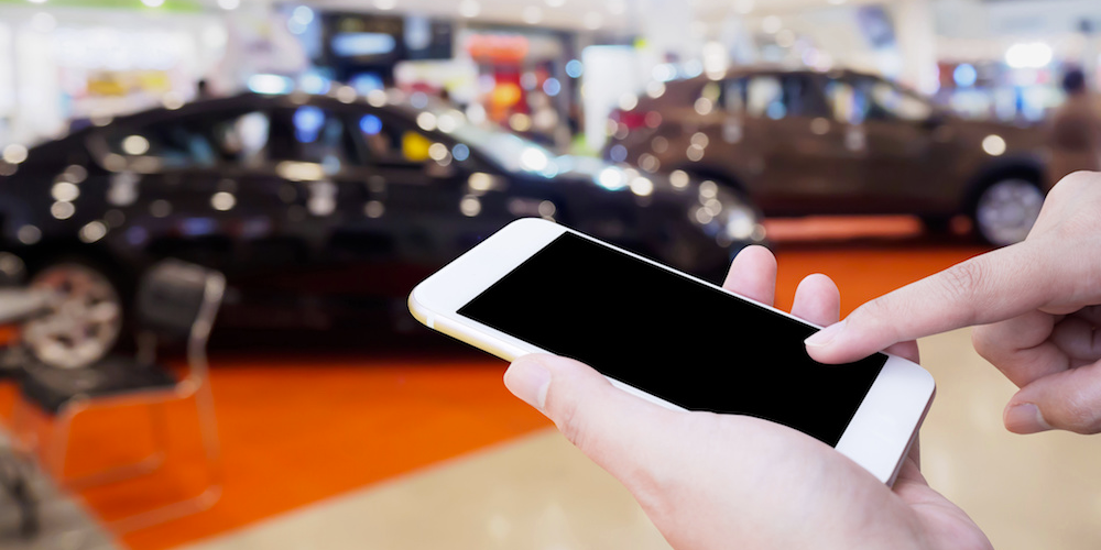 img future carbuying mobile - How Digital Marketing Affects the Way We Buy Cars?