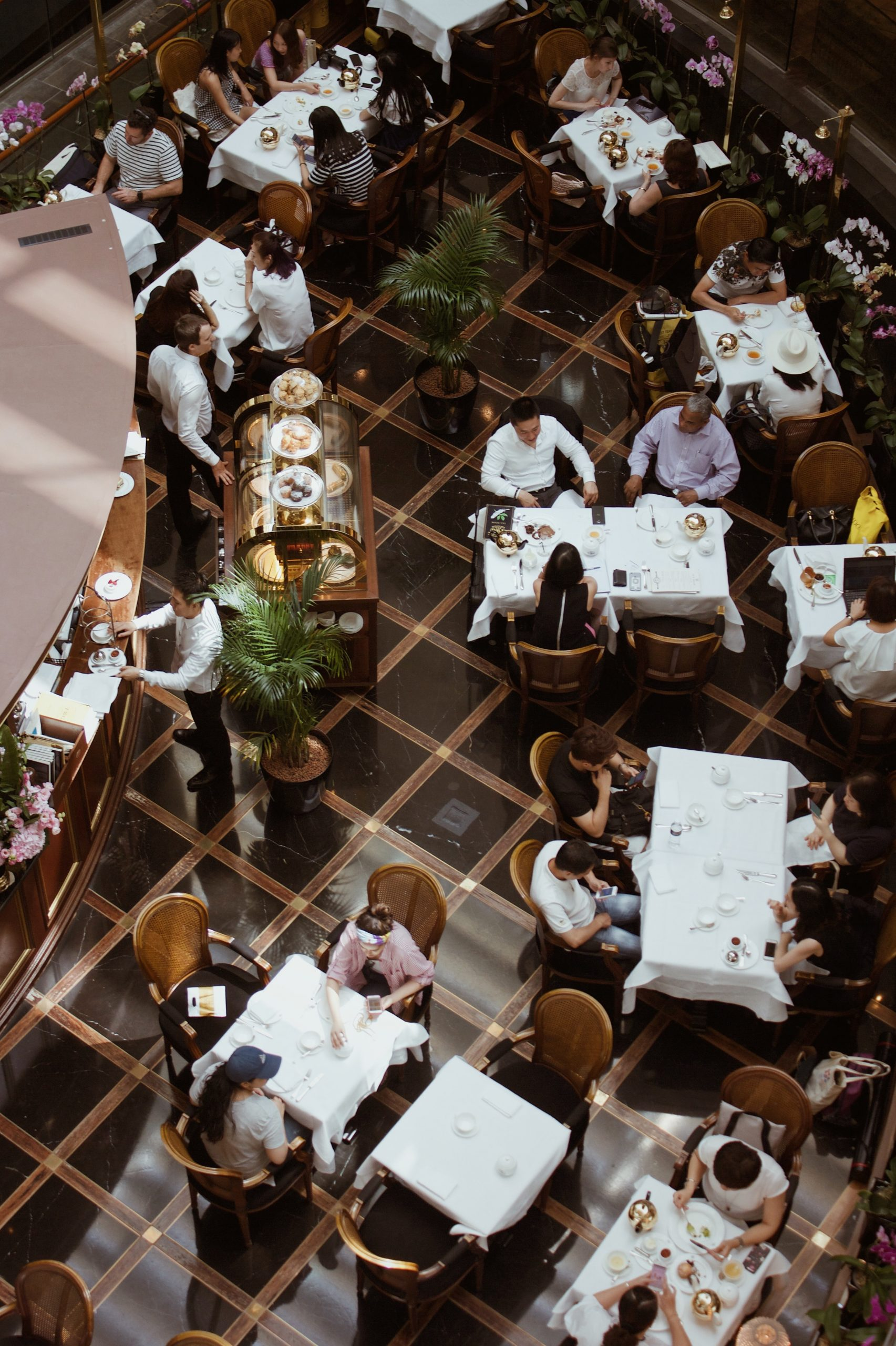 k8 sWEpcc0Rm0U unsplash 1 scaled - How to Successfully Manage Your Restaurant